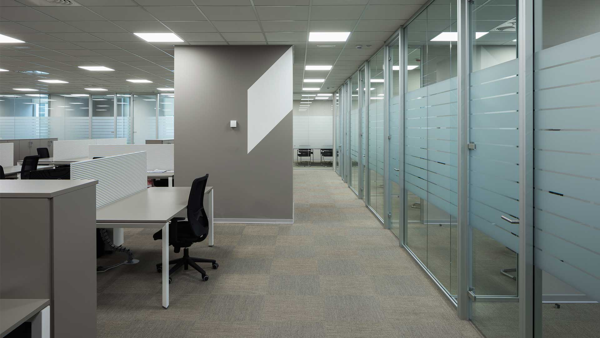 Office partitions are an essential attribute of a modern office 8