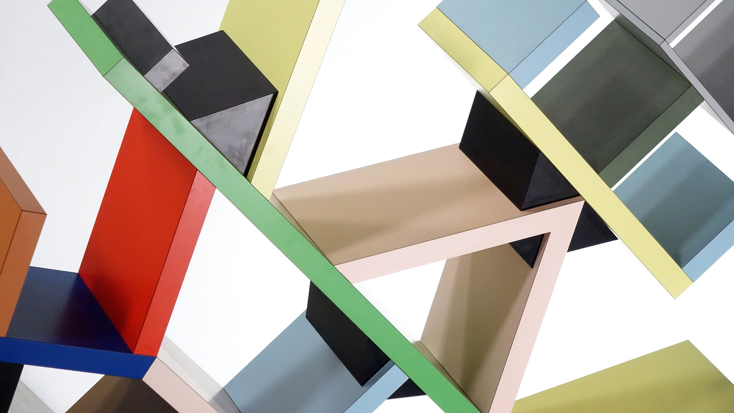 The new memphis and ettore sottsass level office landscape for Memphis sottsass