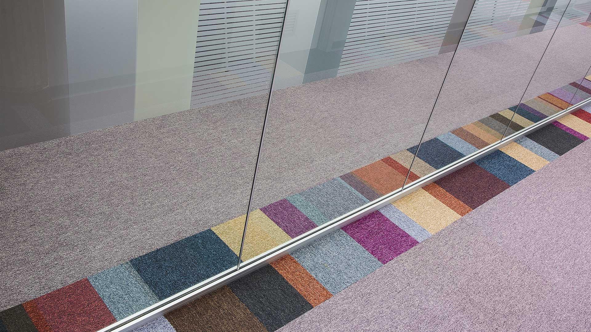 isolamento-acustico-moquette-level-office-landscape-uffici-indra