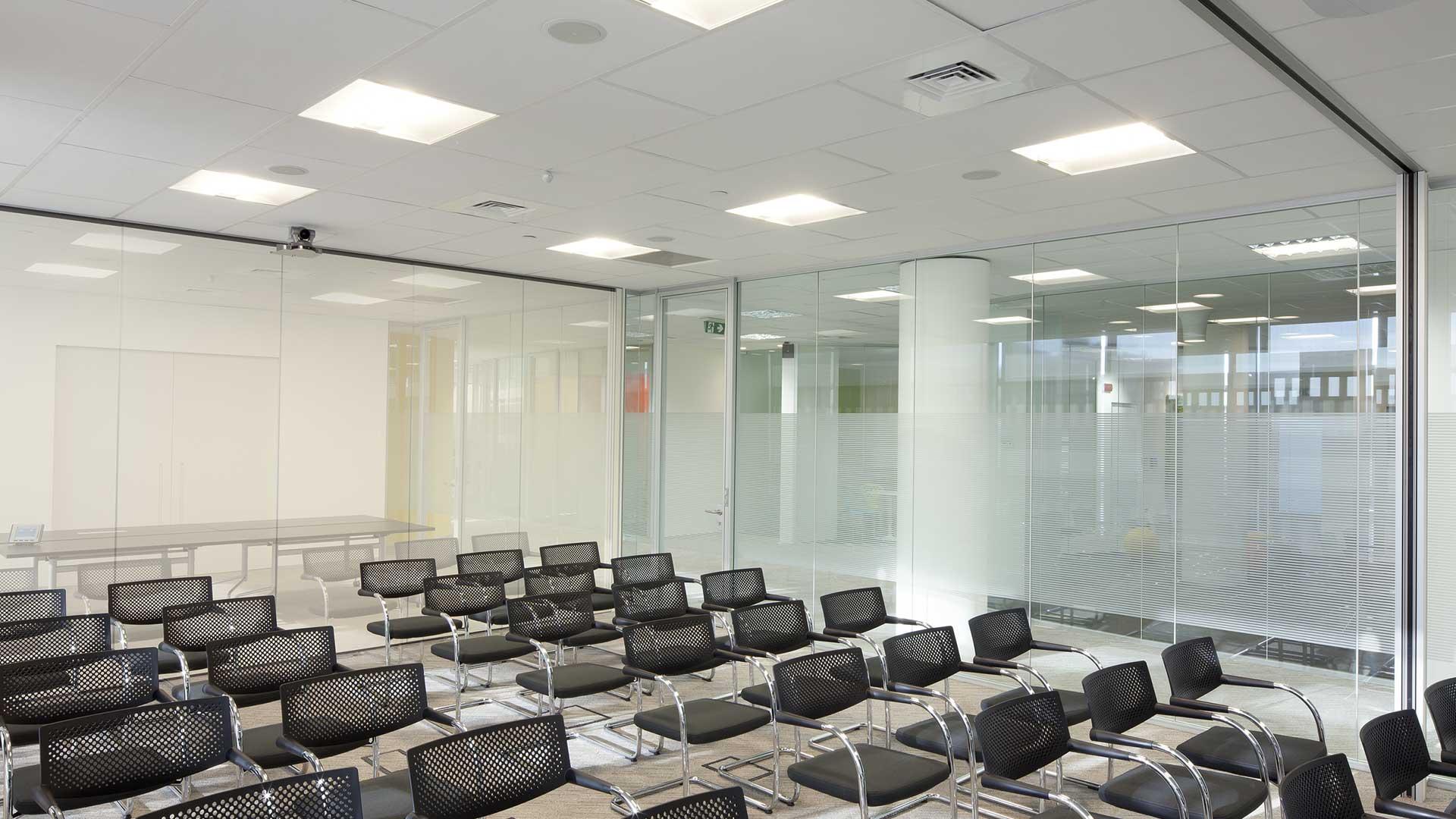 Privacy-visiva-in-ufficio-Bausch-and-Lomb