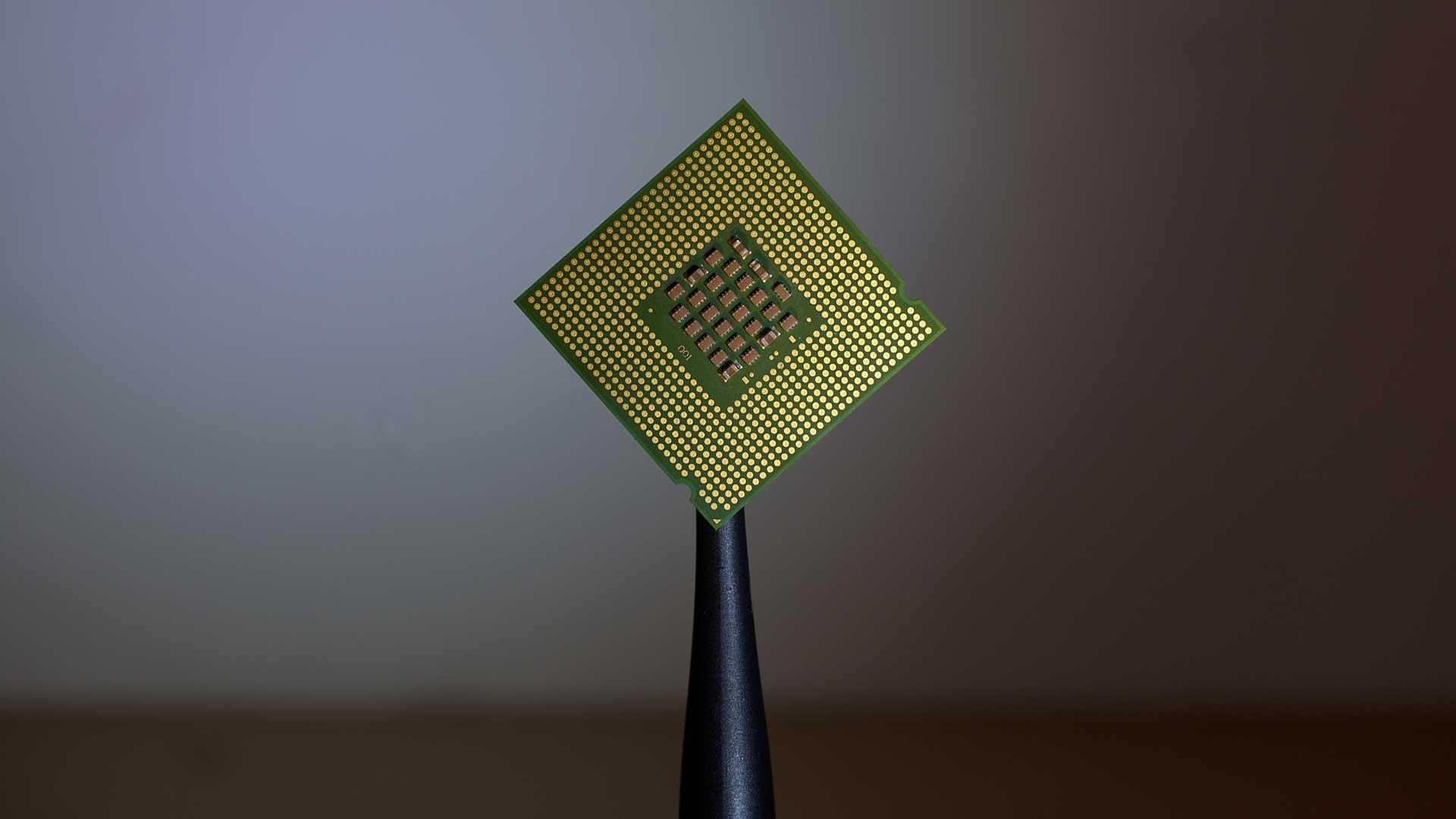 La-voce-disegnerà-gli-uffici-del-futuro-microchip