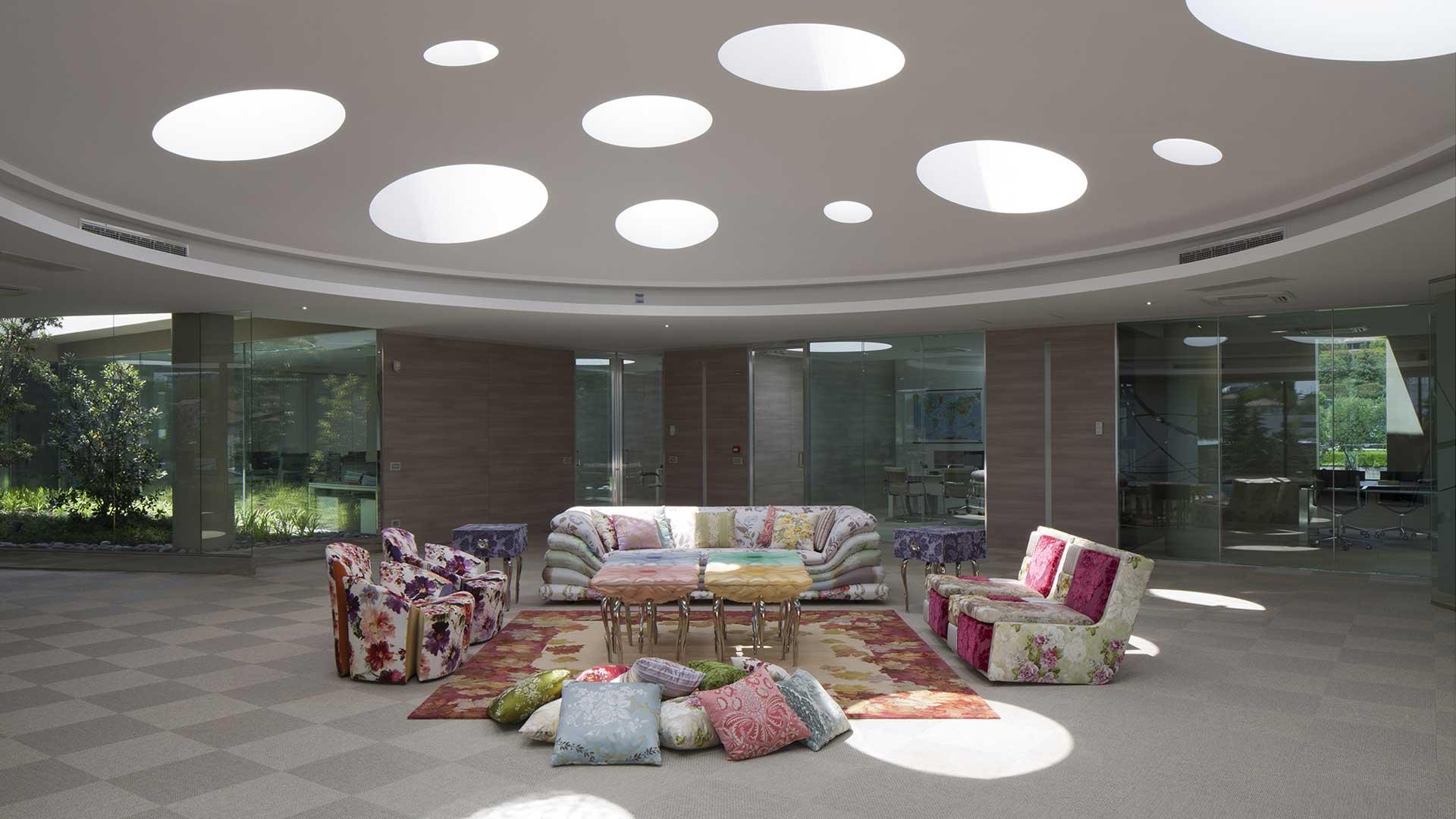 Luce-in-ufficio-Jumbo-collection-pozzi-di-luce