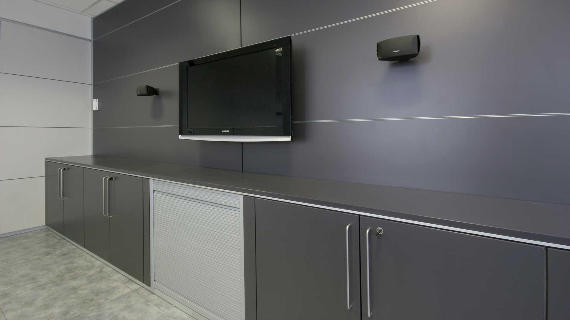 Pareti-divisorie-per-ufficio,-perché-scegliere-High-Line-Isselnord