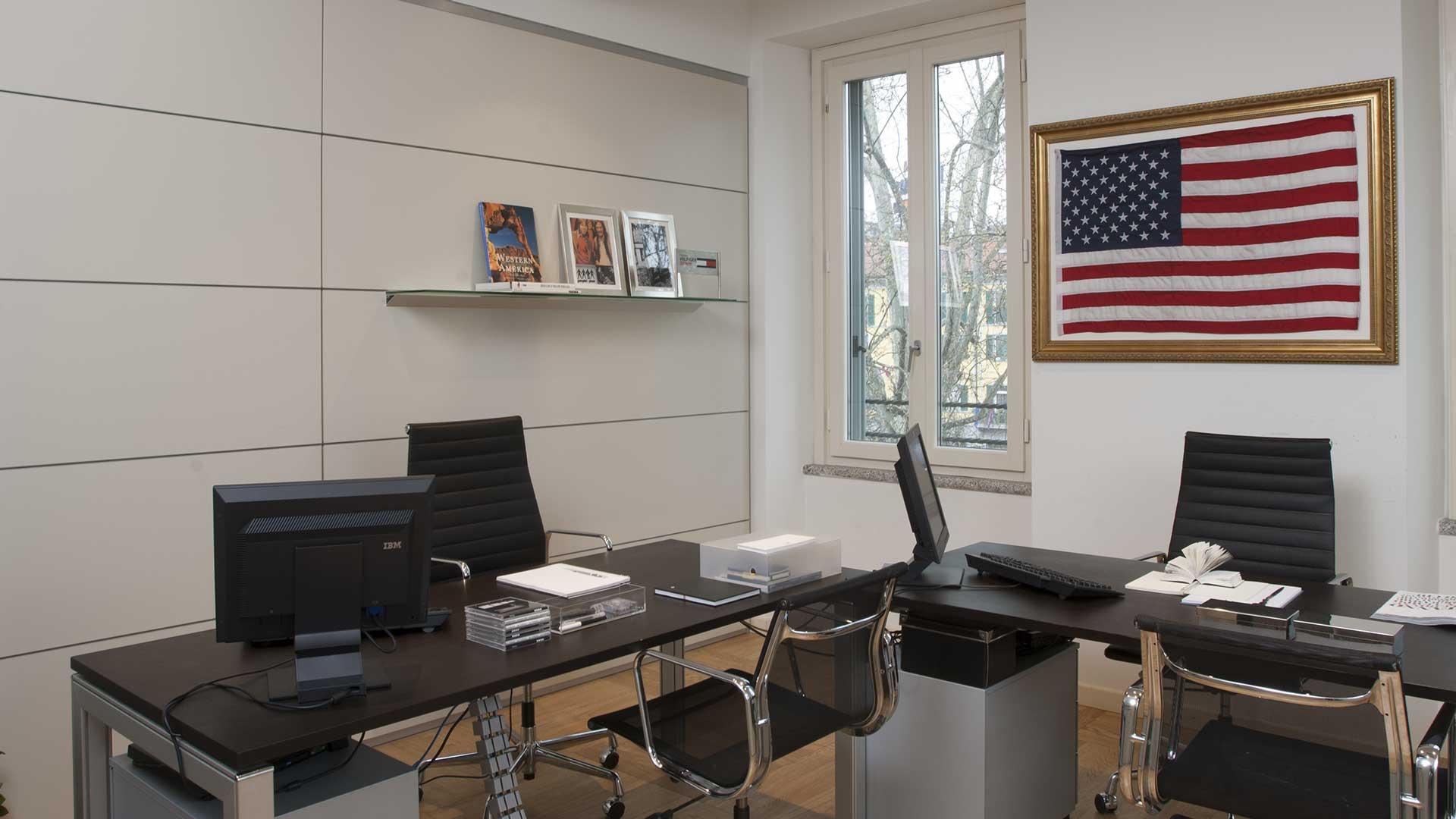 Pareti-divisorie-per-ufficio,-perché-scegliere-High-Line-Tommy-Hilfigher