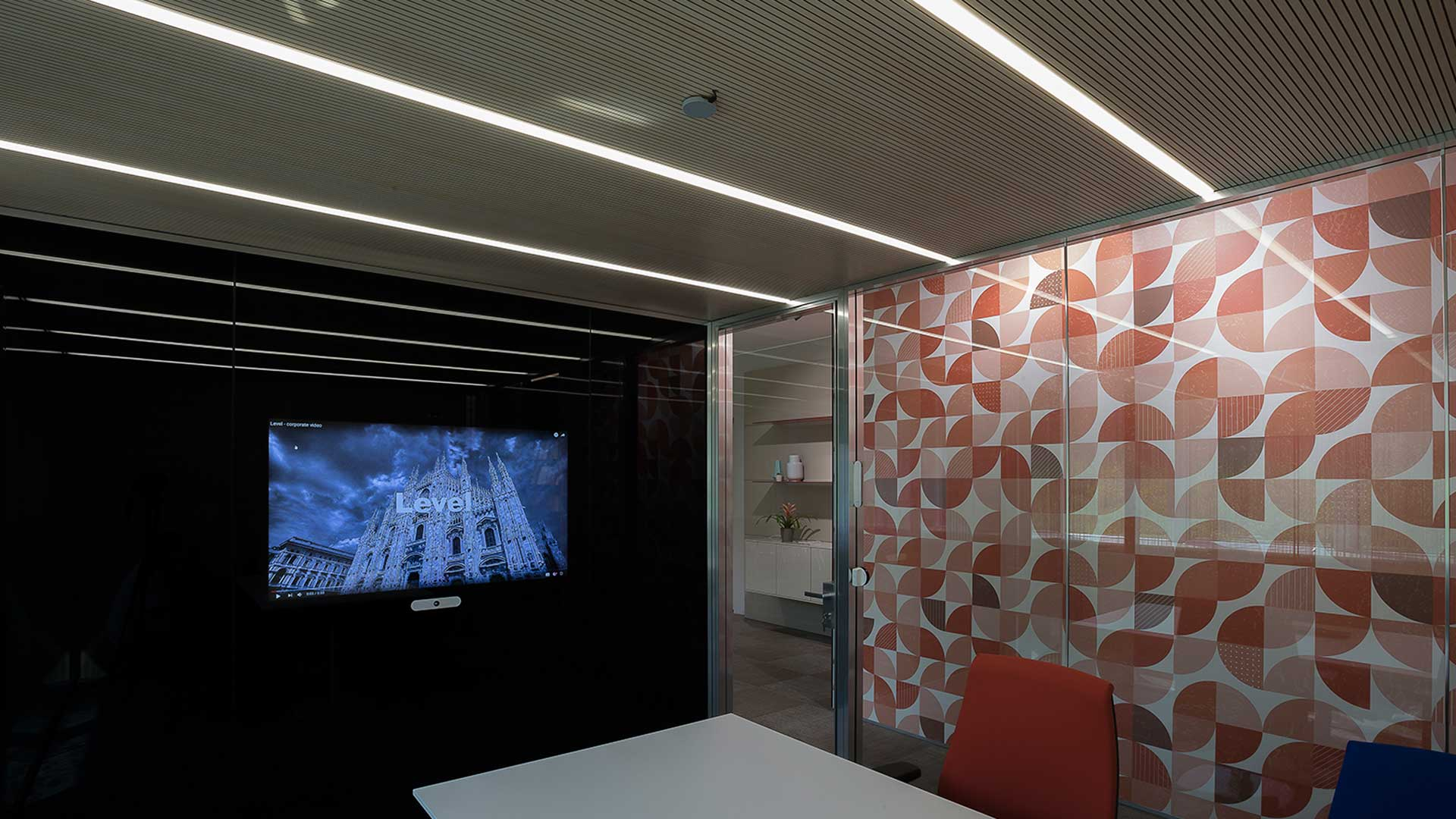 Huddle-Room-Huddle-Rooms-Acoustic-Box-Smart-Wall