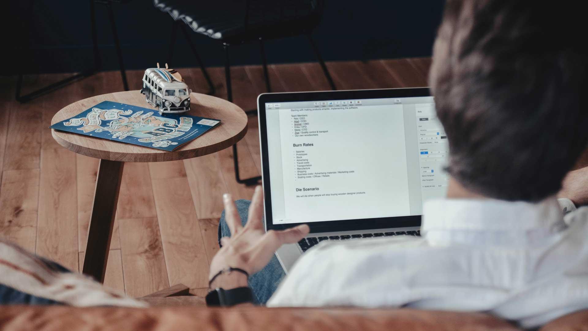 Millennials-al-lavoro-tecnologia-Level-Office-Landscape