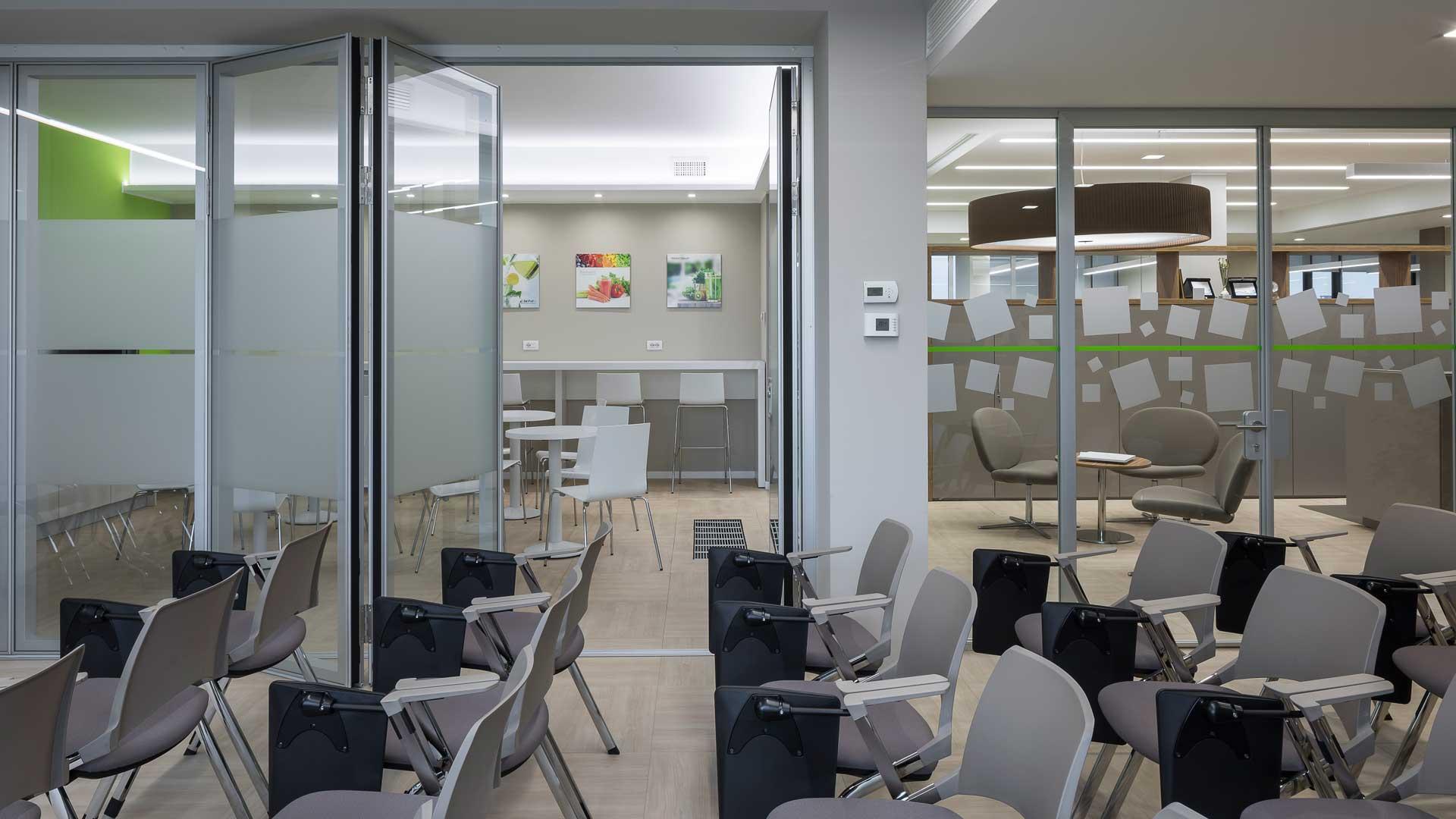 Coffee-area-Ecogenia-training-room-Level-Office-Landscape