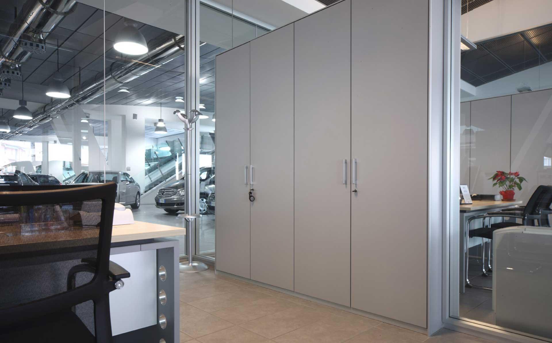 Pareti-attrezzate-per-ufficio-AutoTorino-Level-Office-Landscape