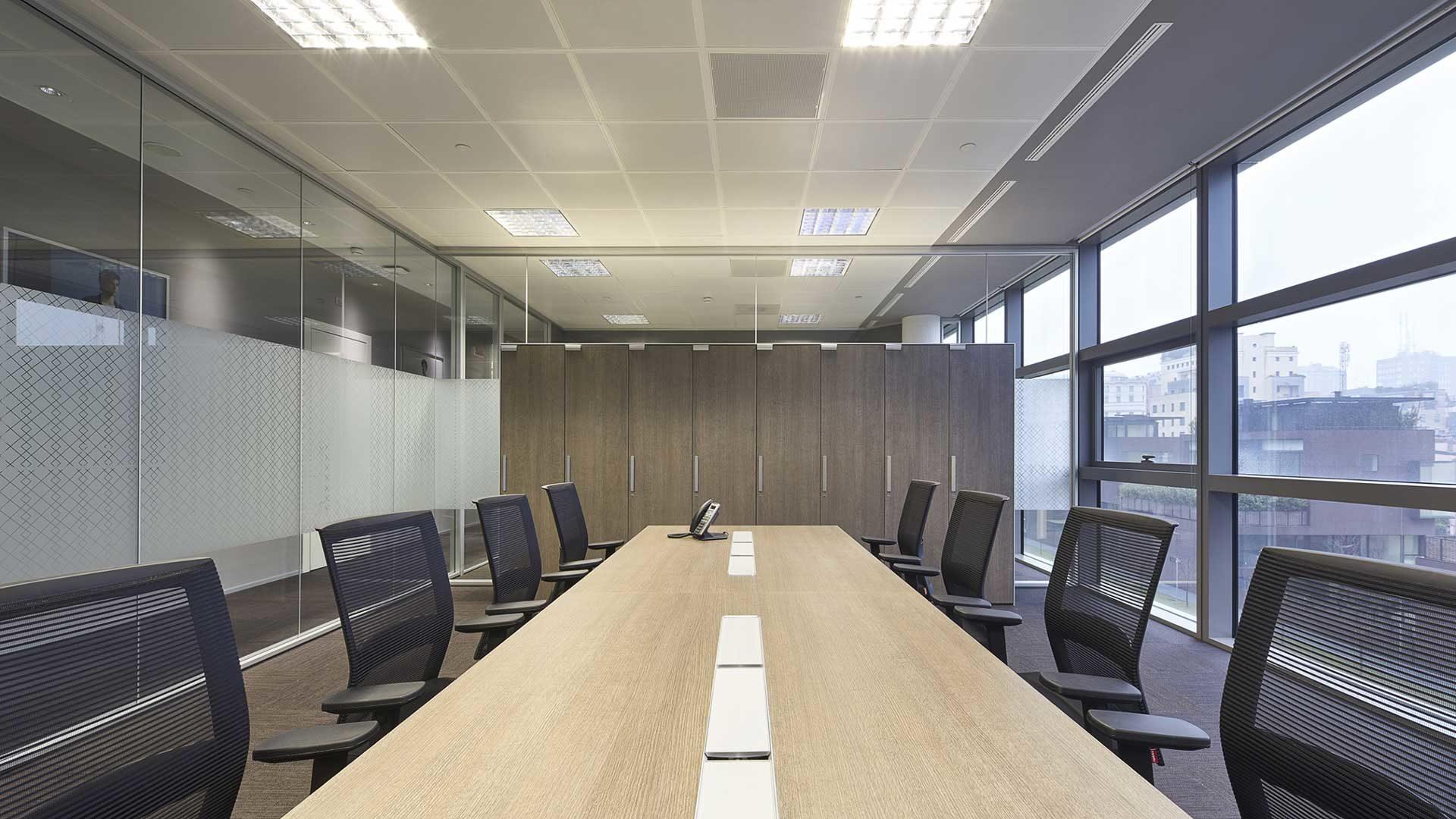 Pareti-attrezzate-per-ufficio-Level-Office-Landscape-per-Canali
