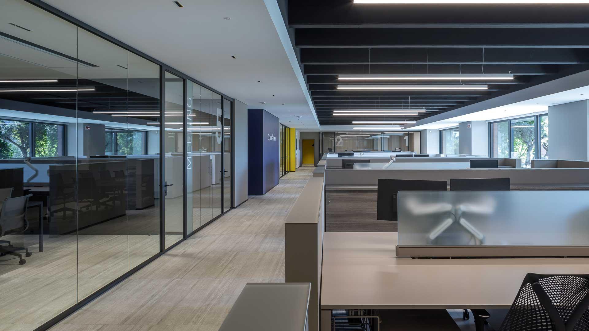 Pareti-divisorie-ufficio-vetrate-Level-Office-Landscape