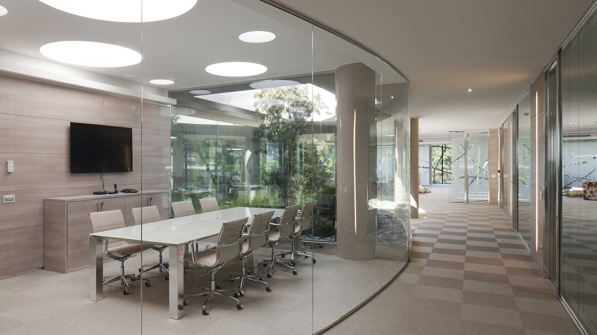 XL02-scrivanie-per-meeting-room-Level-Office-Landscape