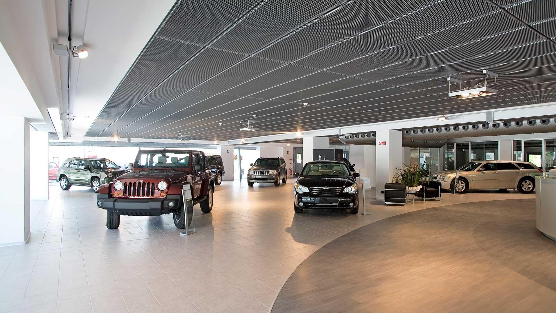 arredare-ufficio-concessionaria-auto-esposizione-macchine-Level-Office-Landscape