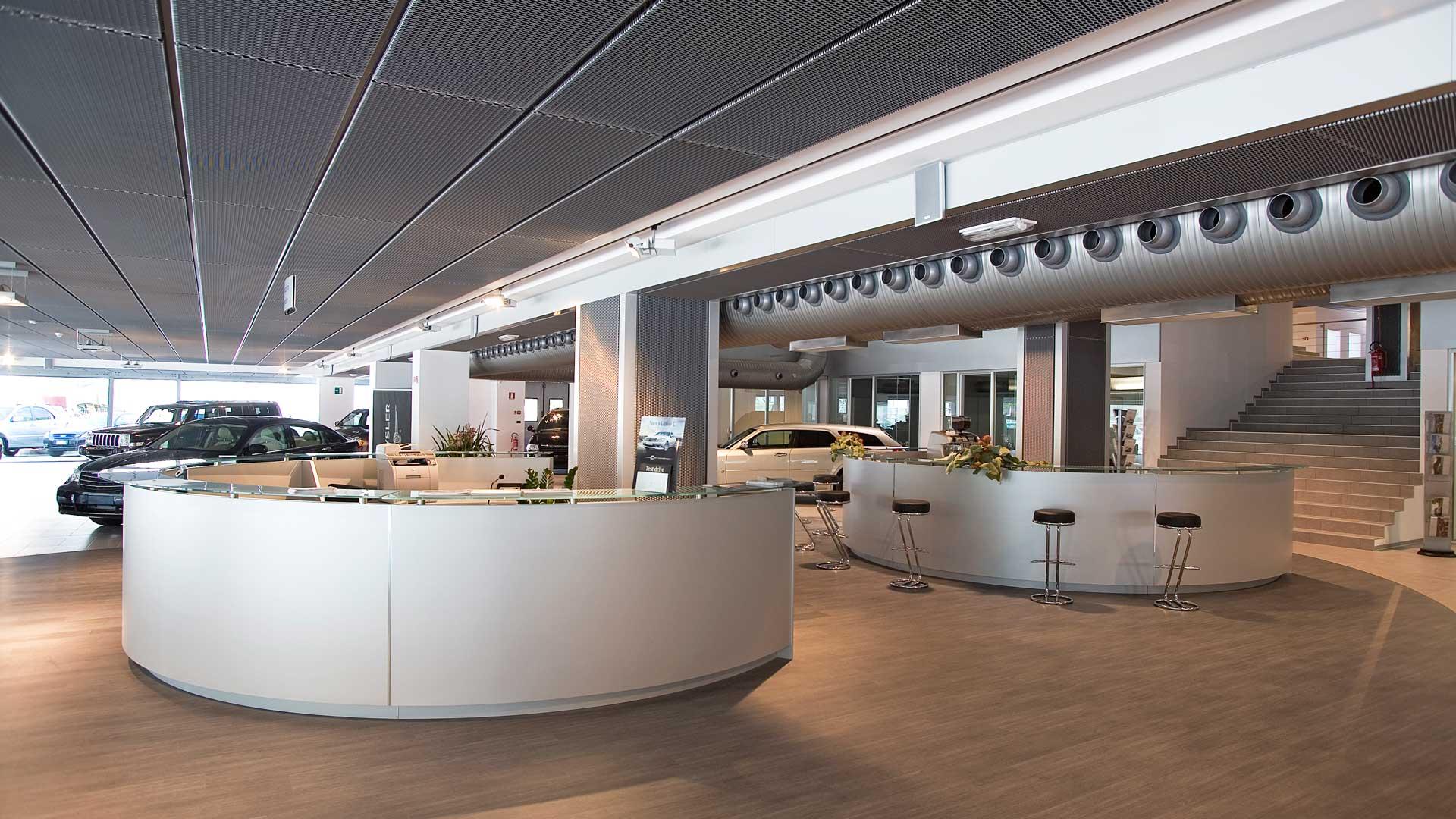 arredare-ufficio-concessionaria-auto-reception-Level-Office-Landscape