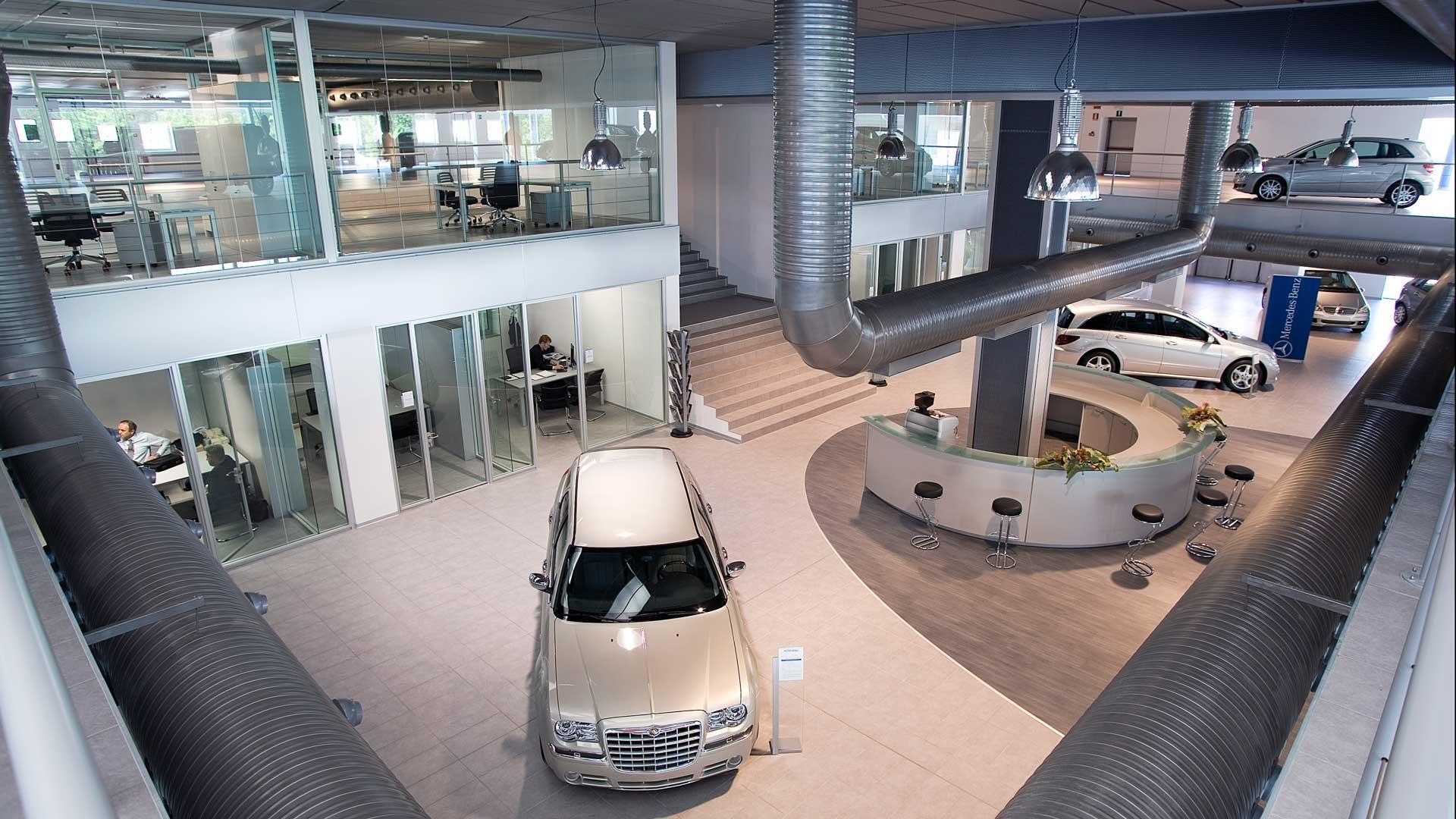 arredare-ufficio-concessionaria-auto-soppalco-Level-Office-Landscape