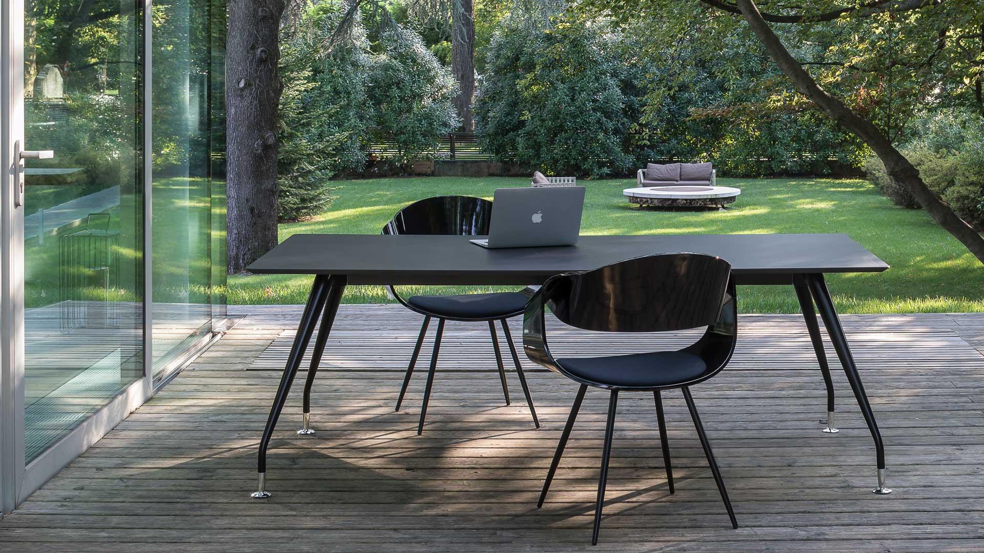 Come-arredare-uno-studio-legale-Fjord-scrivania-Level-Office-Landscape