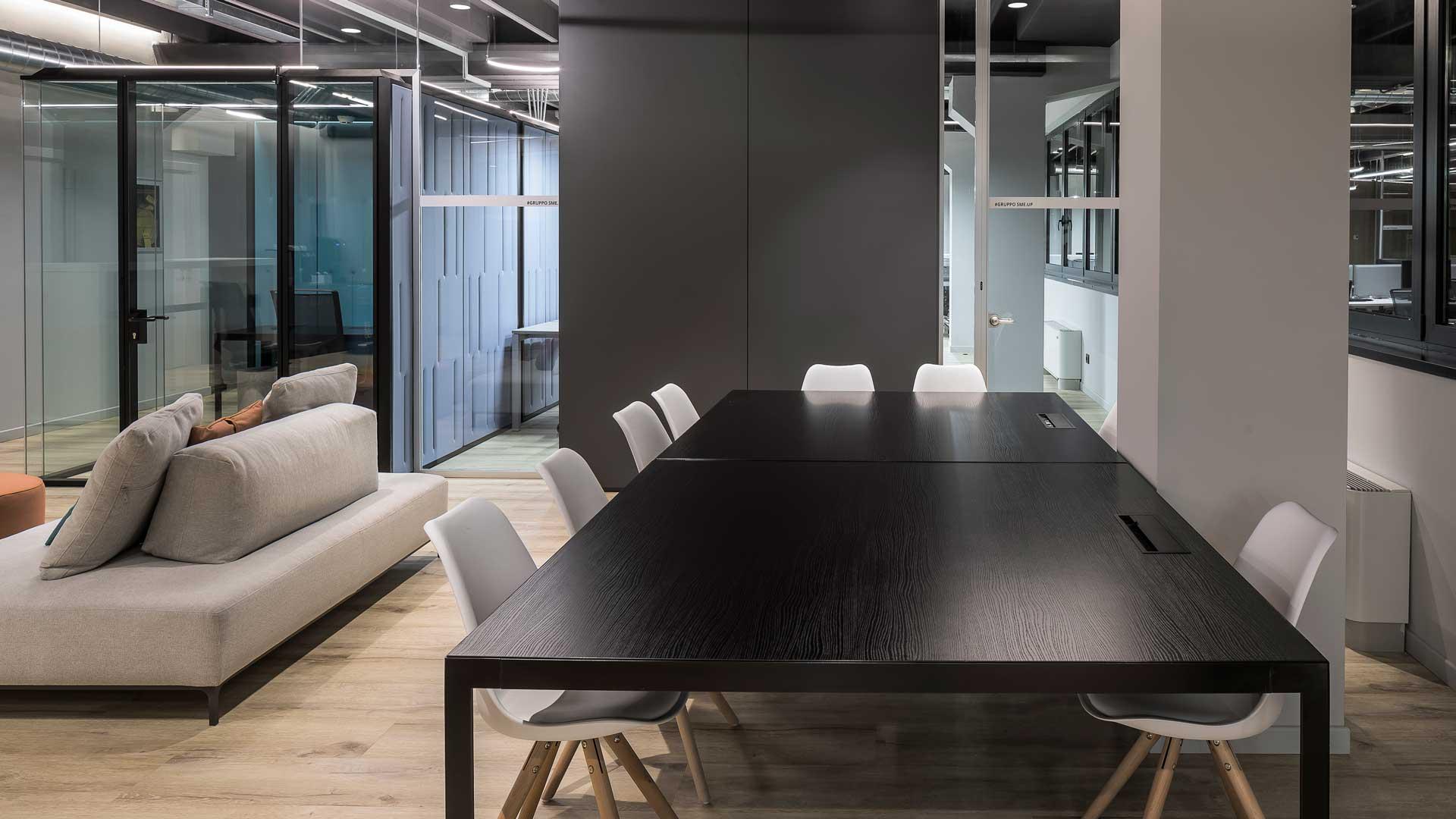 Tavolo-Flat-Level-Office-Landscape